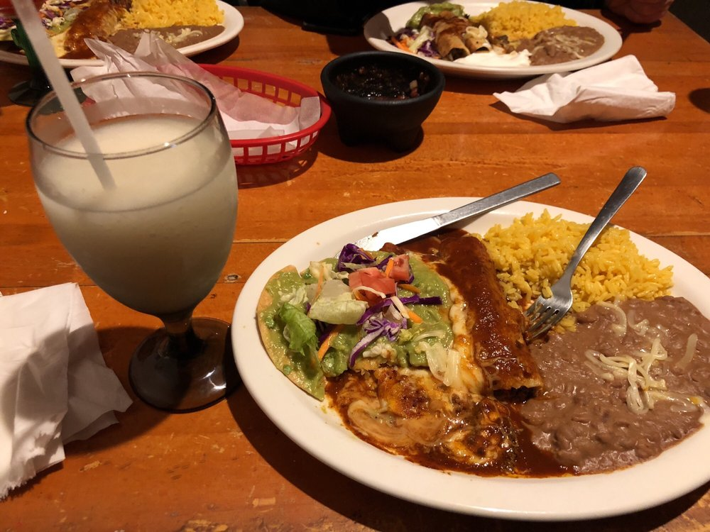 La Cabana Mexican Restaurant & Bar: 966 Main St, Fleischmanns, NY