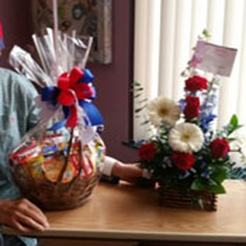 Photo of Bonita Flowers & Gifts - Mcallen, TX, United States. Flowers and