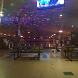 457c0f8120d0df Skateaway Roller Rink - Skating Rinks - 4500 Easton Ave