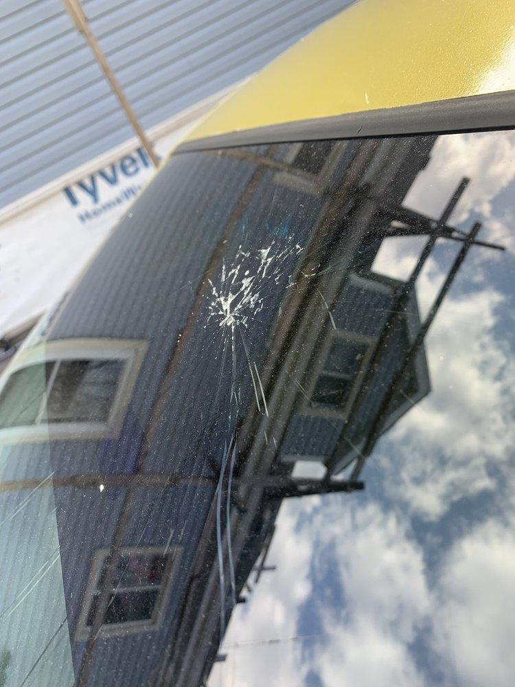 Speers Auto Glass: 281 Speers Road, Oakville, ON
