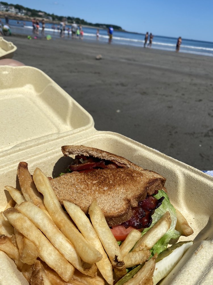 The Union Grill: 8 Beach St, York, ME