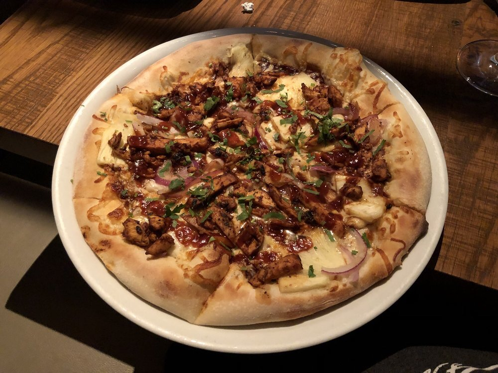 Admirable The Original Bbq Chicken Pizza With Pineapple Yelp Interior Design Ideas Inesswwsoteloinfo