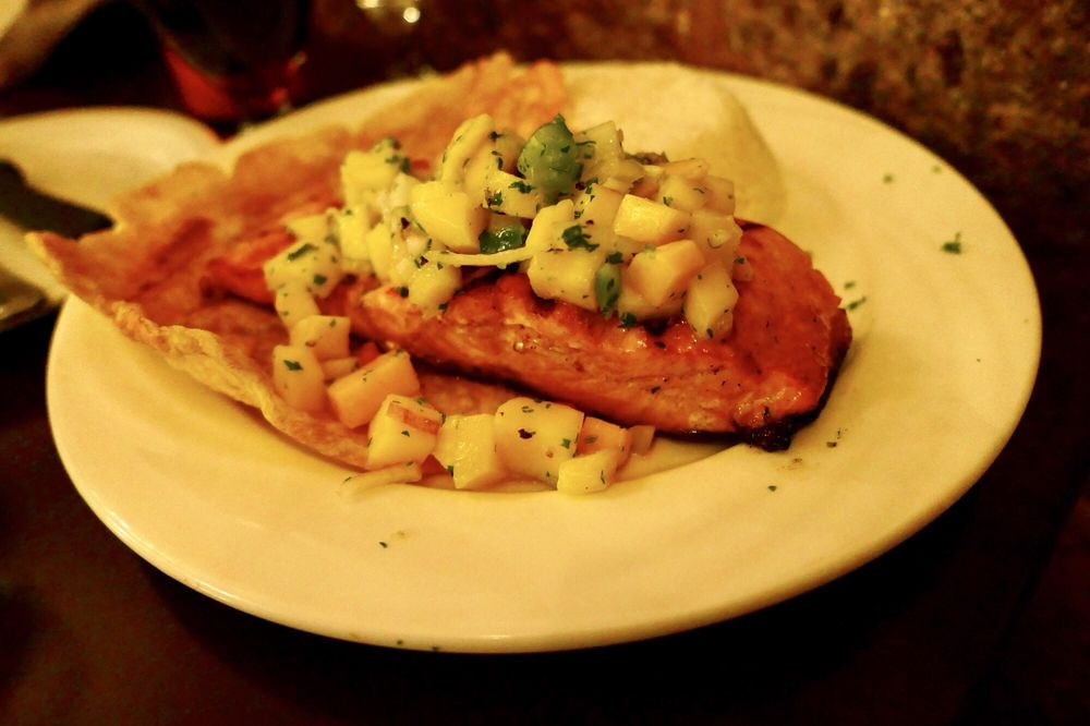 The Little Colombia Restaurant: 672 Main St, East Haven, CT