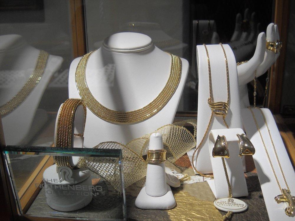 Alicia Fine Jewelers: 108 Paseo De Onate, Espanola, NM