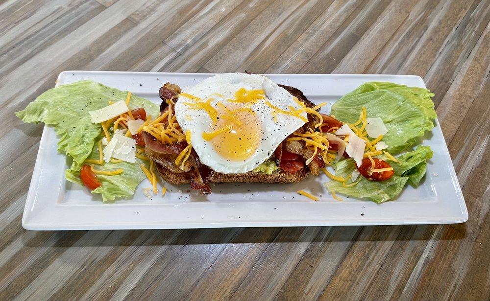 SunBros Café: 301 Moody Blvd, Flagler Beach, FL