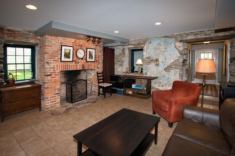 inhouse: Harpers Ferry, WV