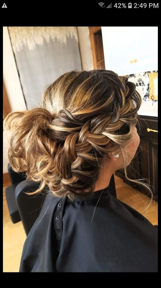 Chandelier Hair Boutique: 230 2nd St S, Wisconsin Rapids, WI