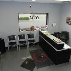 Merveilleux Photo Of MonkeyWrench Automotive   Fayetteville, NC, United States. Front  Office And Meeting