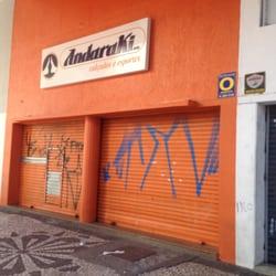 4bbf9cd8ab Foto de Andaraki Calçados - Curitiba - PR, Brasil. Fachada do local fechado.