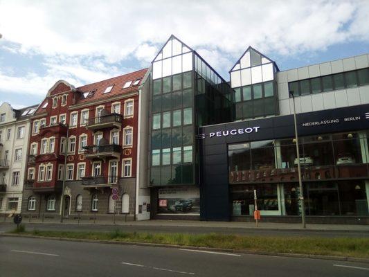 peugeot niederlassung berlin - autohaus - autohaus - alboinstr. 1