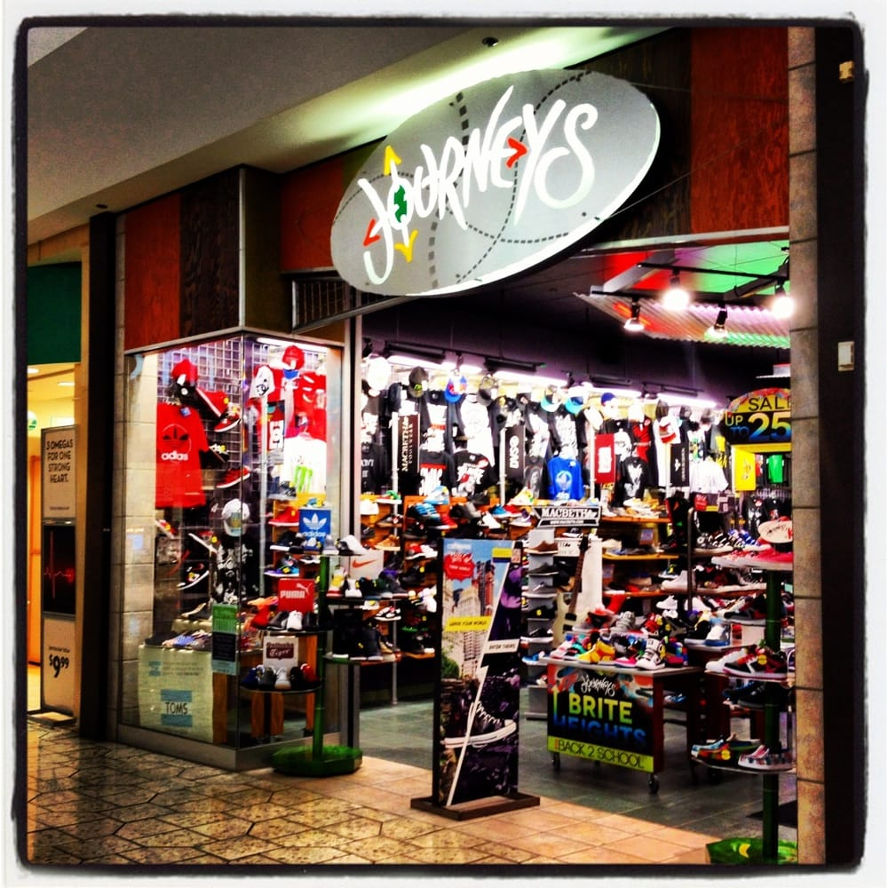 Meadowood Mall Shoe Stores