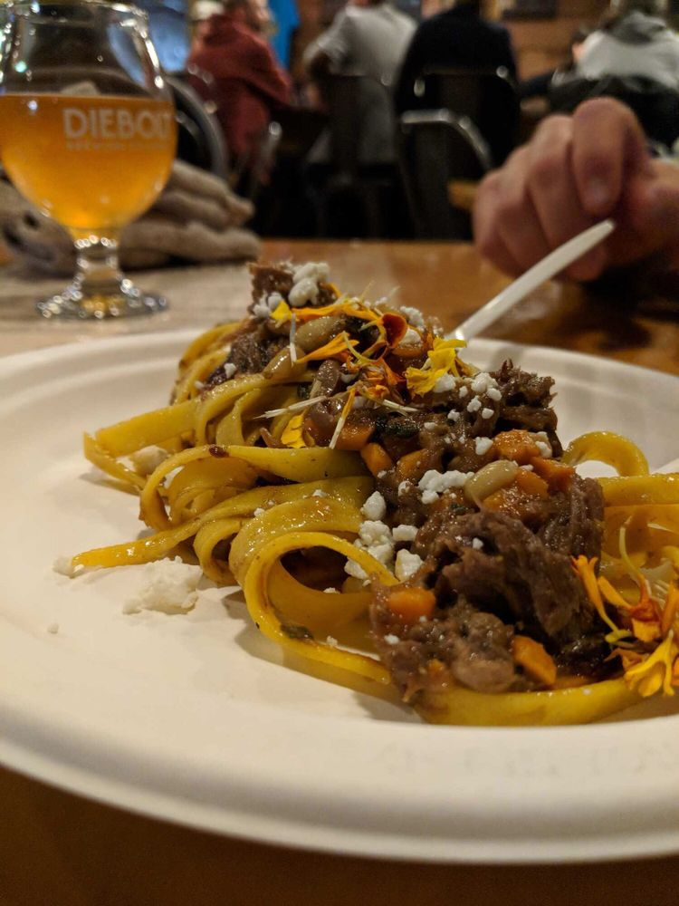 Boar & Castle Mobile Eatery: Denver, CO