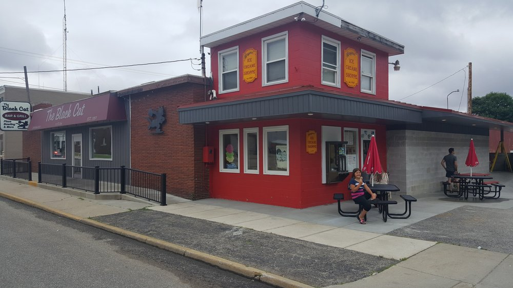 The Black Cat Lanes: 112 S Arch St, New Carlisle, IN