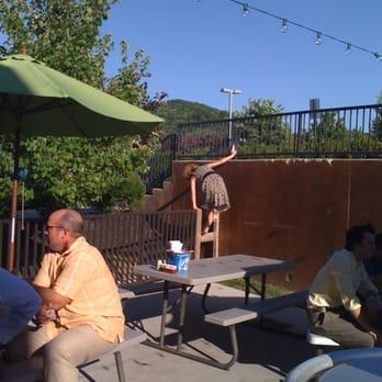 Tin Roof 2 50 Photos Amp 69 Reviews Bars 9135