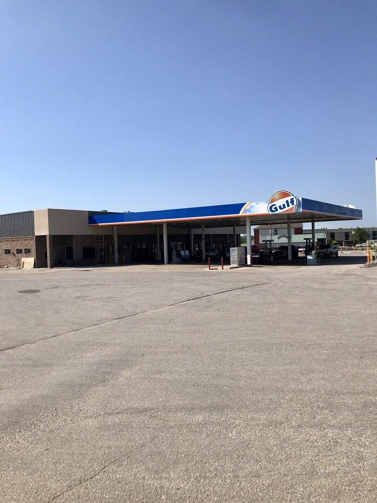 Jones Restaurant and Truck Stop