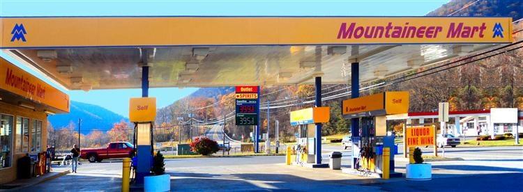 Mountaineer Mart: US Rt 60, White Sulphur Springs, WV