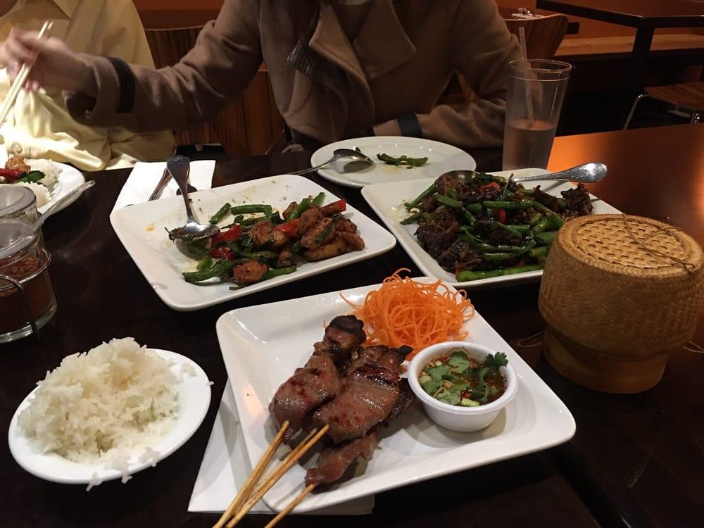 The thai cuisine restaurant 292 fotos y 262 rese as for Ar roi thai cuisine
