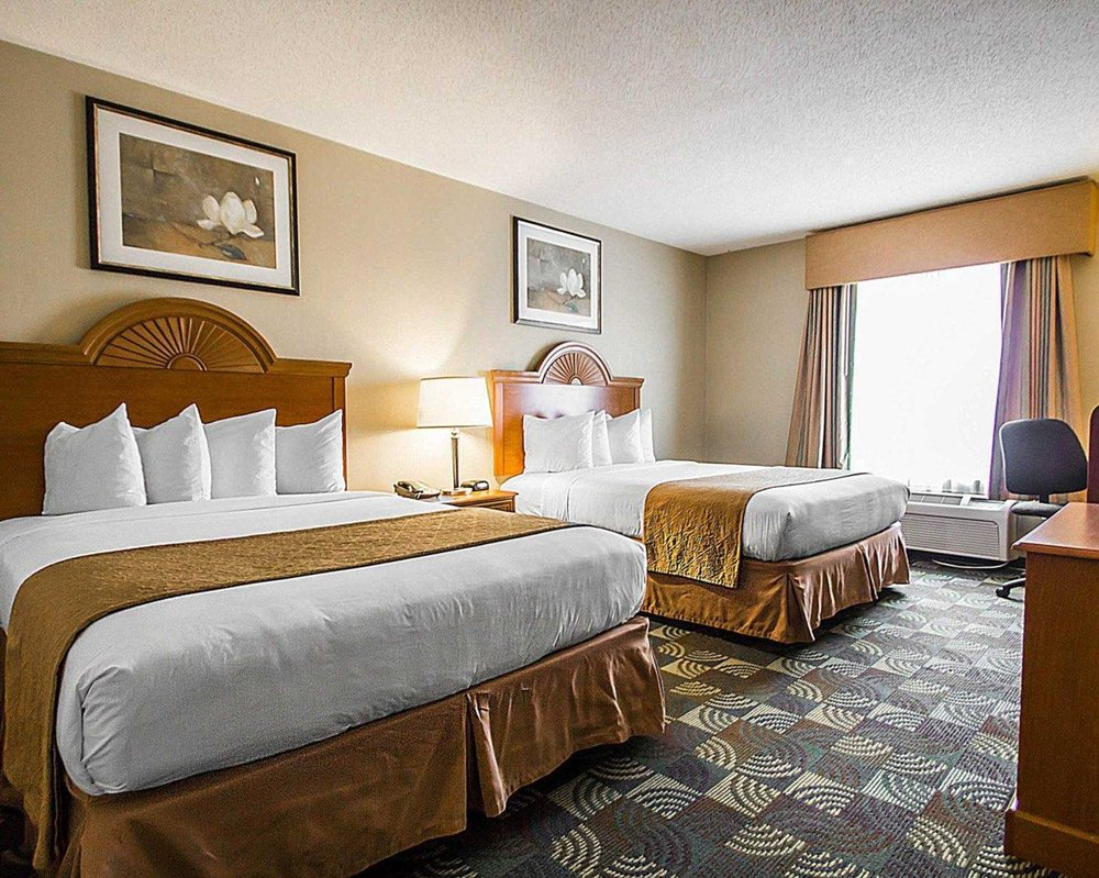 Quality Inn & Suites: 849 Route 52, Fishkill, NY