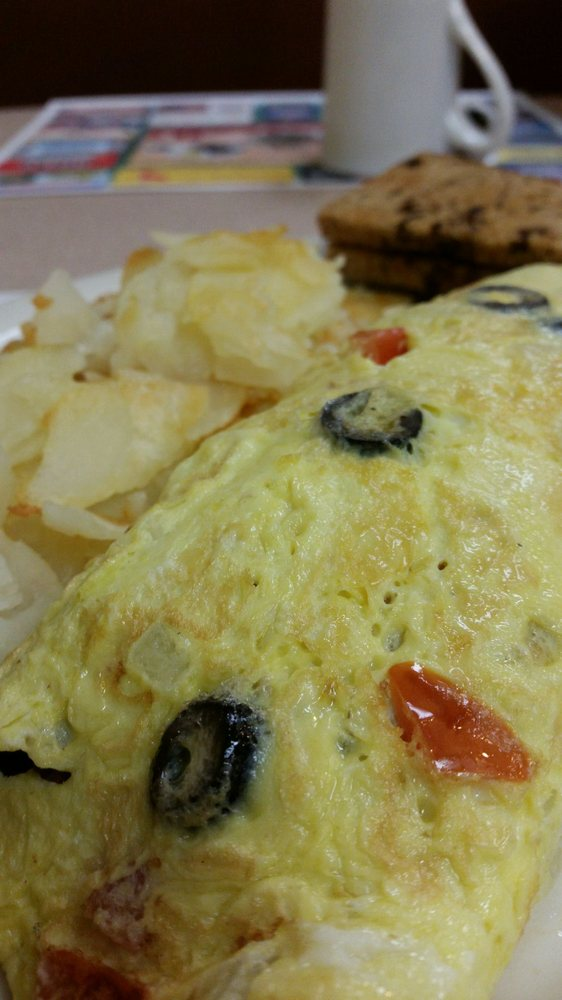 Athens Country Cafe: 220 Alfred St, Athens, WI