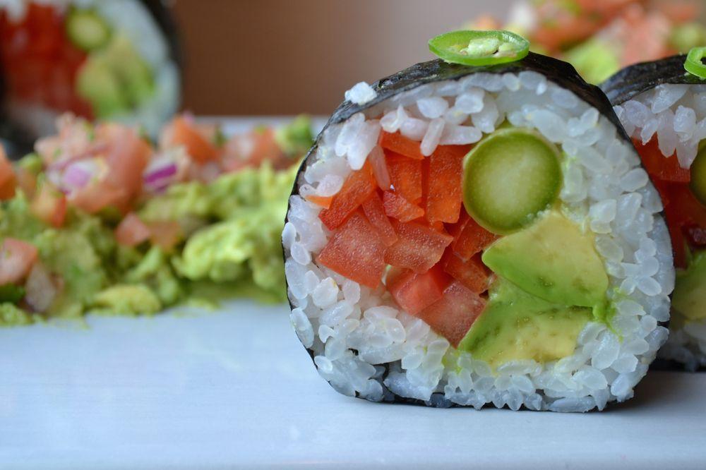 Maru Sushi & Grill Detroit: 160 W Fort St, Detroit, MI