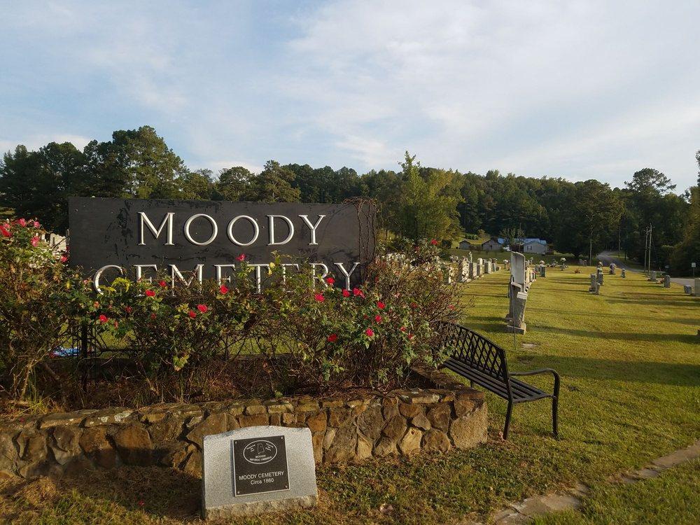 Moody Cemetery: 2820 Carl Jones Rd, Moody, AL