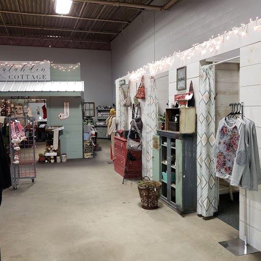 EllieAnna Gift Shop: 785 Main St, Lewiston, ME