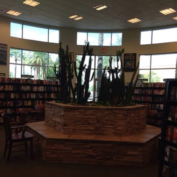 Barnes & Noble Booksellers - 30 Photos & 33 Reviews - Bookstores ...