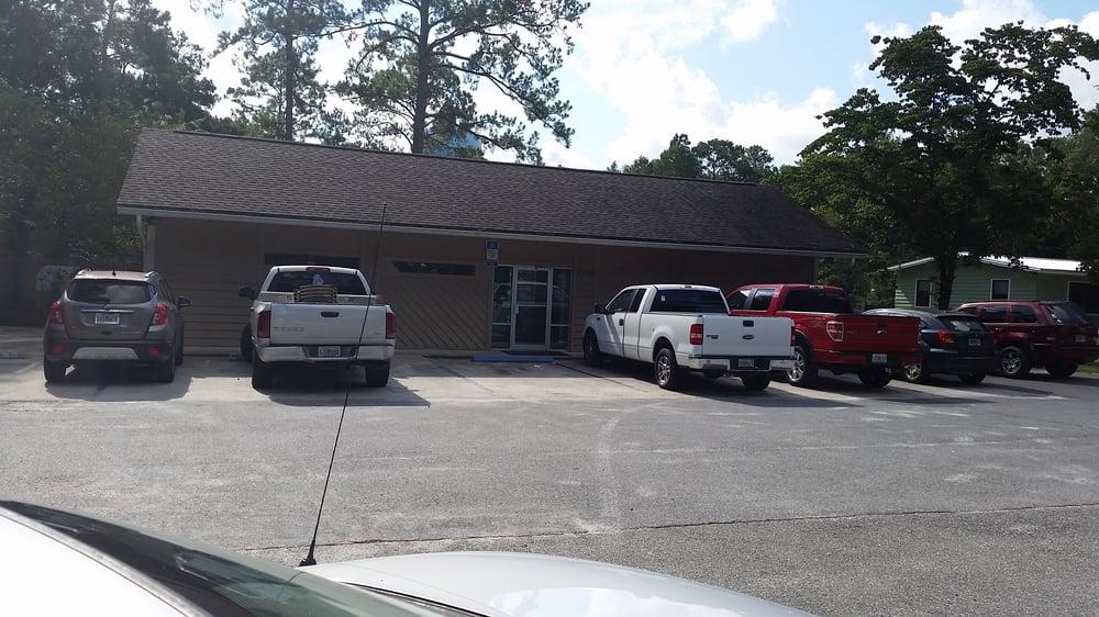 Crawfordville Animal Hospital: 2807 Crawfordville Hwy, Crawfordville, FL