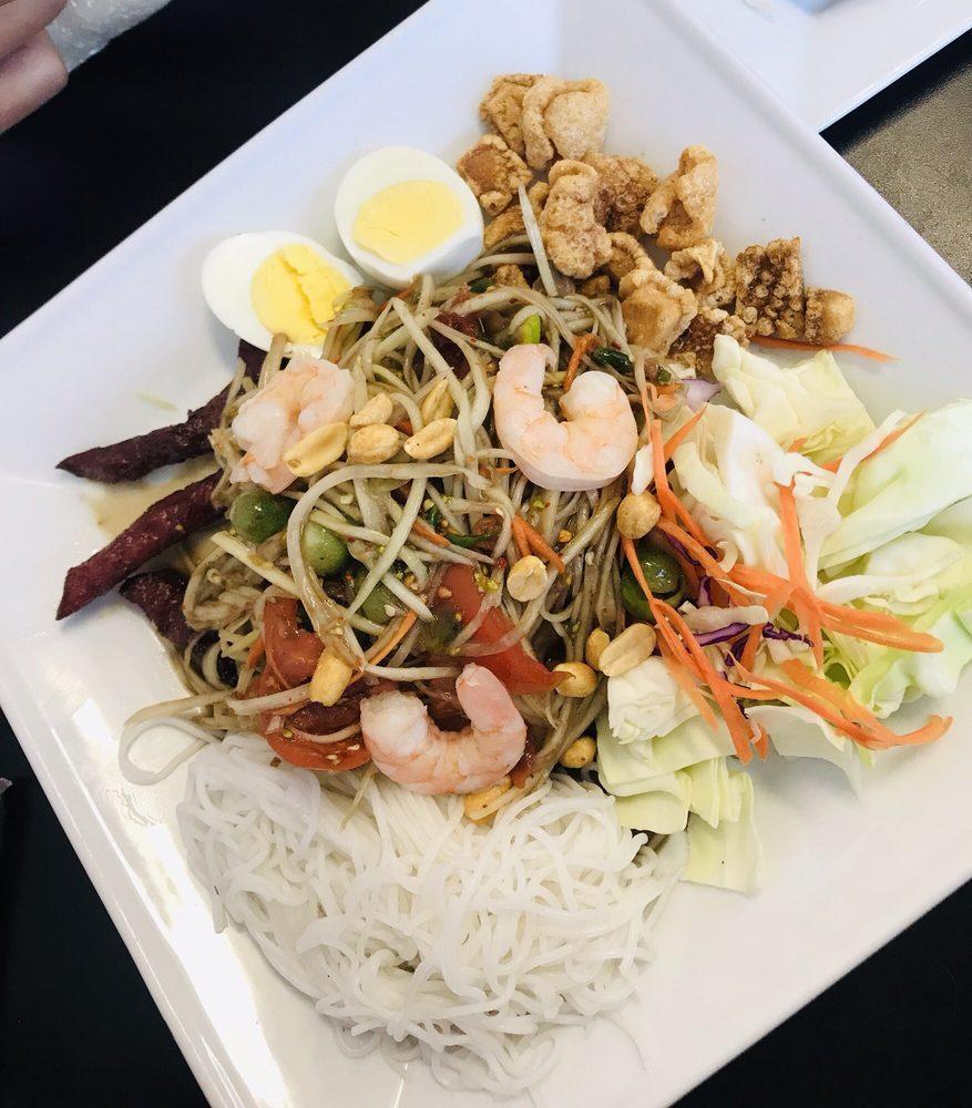 Thai Taste: 3138 S Old Missouri Rd, Springdale, AR