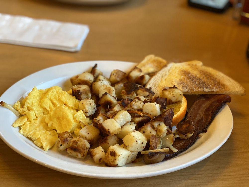 Hockinson Cafe: 219 NW 20th Ave, Battle Ground, WA