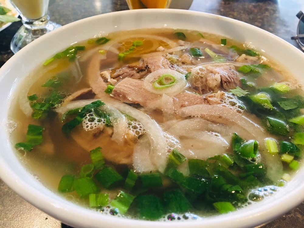 Pho Nguyen Hoang: 510 Wyandotte Street W, Windsor, ON