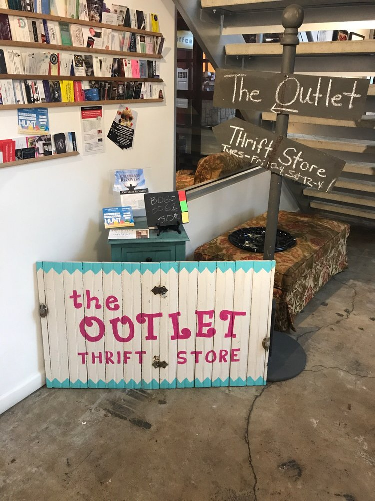 The Outlet Thrift Store: 1404 N 9th St, Midlothian, TX