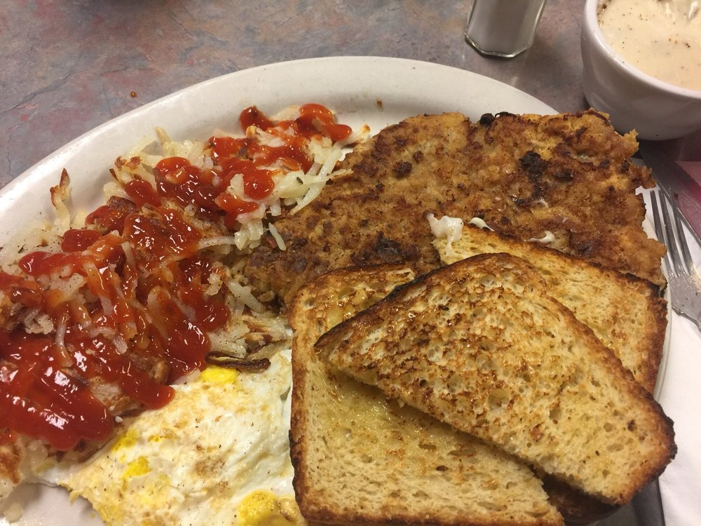 Hideaway Diner and Bar: 1309 Laurel St, Whitewood, SD