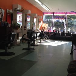 D colores beauty salon hairdressers 2295 2nd ave east for 2nd avenue salon