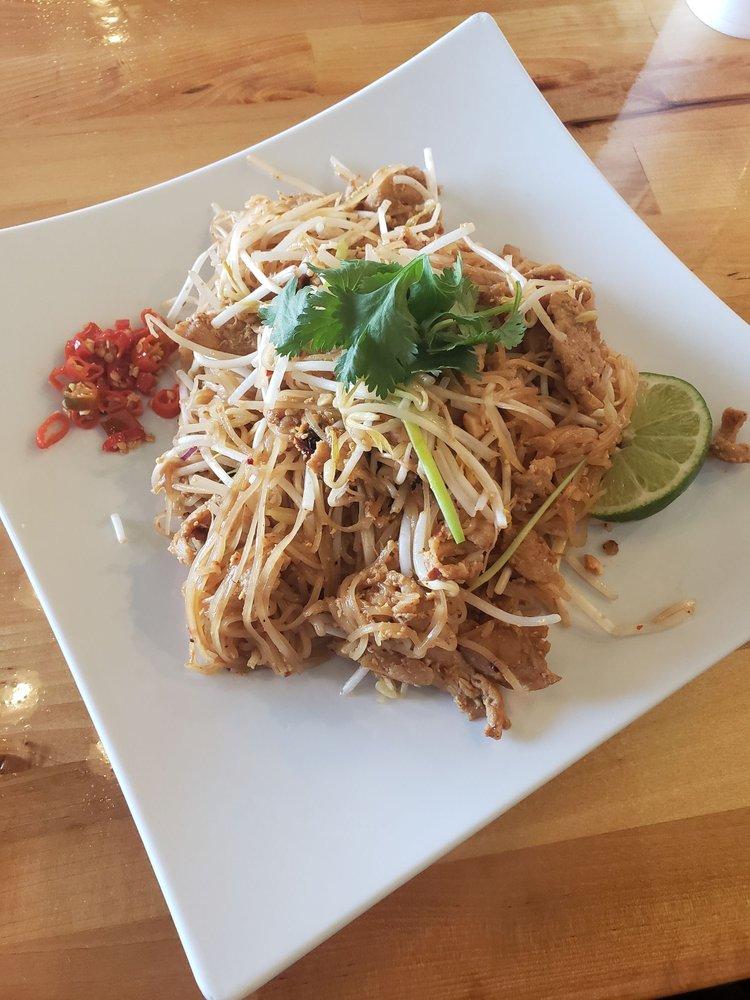 Cali Kitchen: 5010 Garth Rd, Baytown, TX