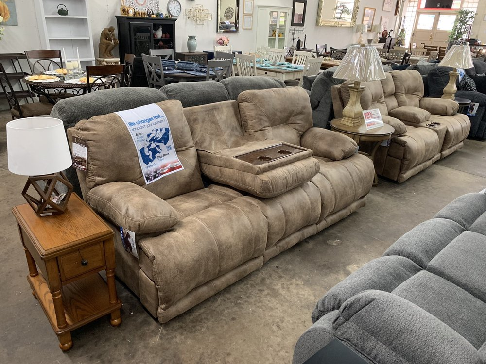 Wholesale Furniture Outlet: 675 Bowers St, Royston, GA