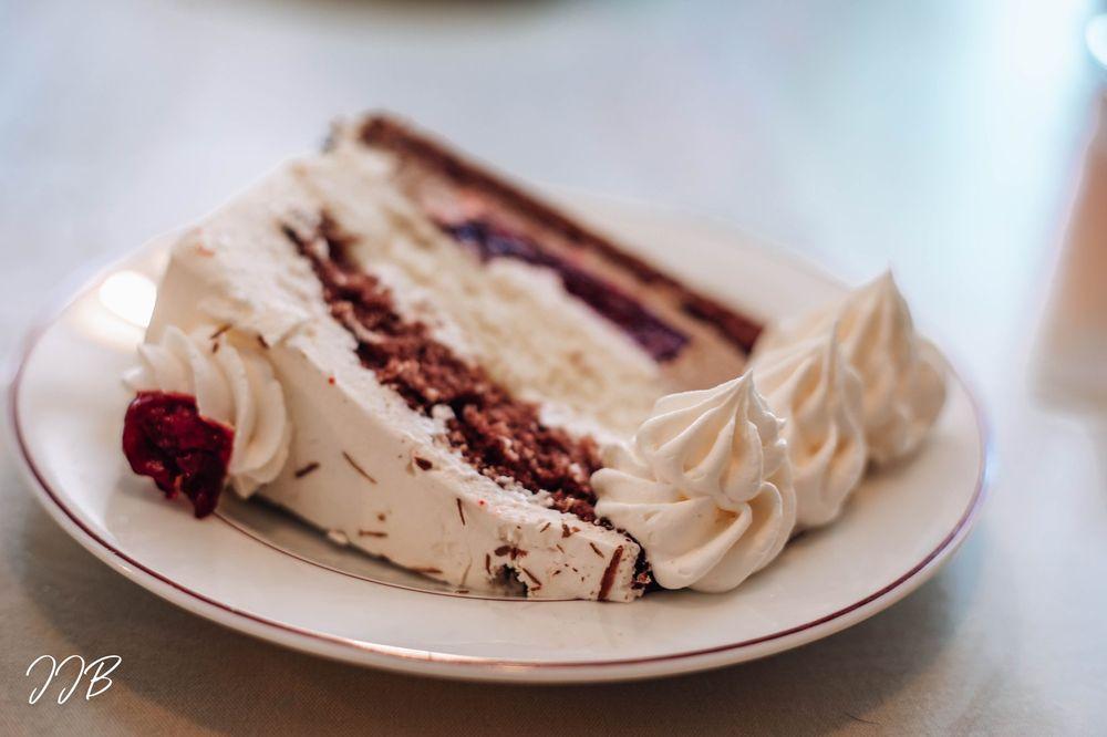 Hofer's Bakery & Cafe: 8758 N Main St, Helen, GA