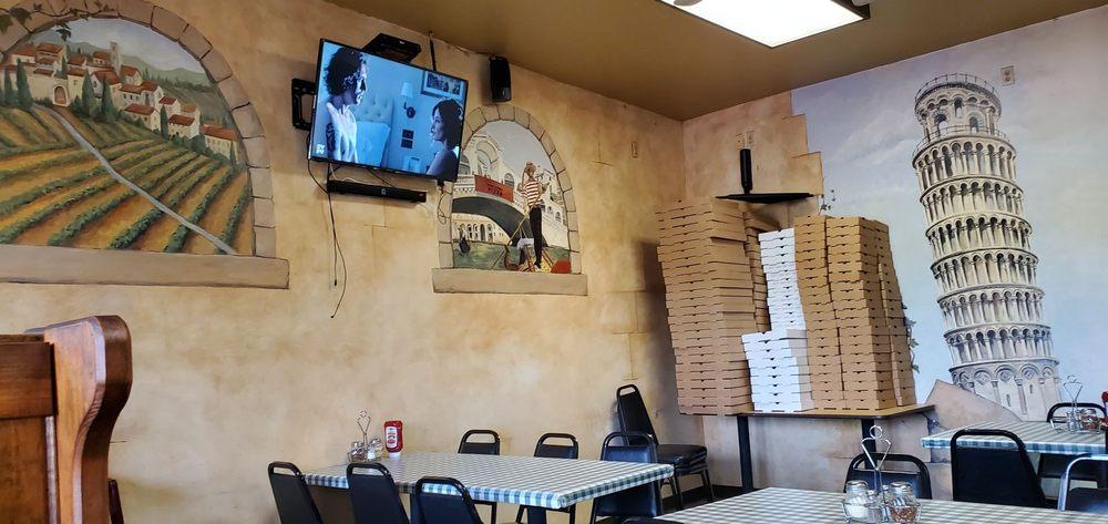 Marckesano's Pizza: 11065 Clay Dr, Walton, KY