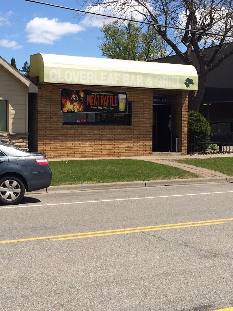 Clover Leaf Bar & Grill: 2146 Hastings Ave, Newport, MN