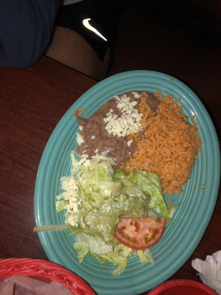 El Cazador Mexican Restaurant 2: 809 Willowbrook Dr, Hinesville, GA