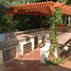 Pleasant Outdoor Kitchens And Patios Landscaping 7010 Donwel Download Free Architecture Designs Rallybritishbridgeorg