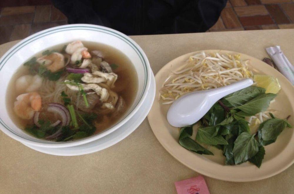 Food from Pho Vietnamese Restaurant