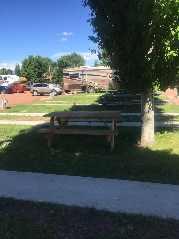 Lazy R Campground: 652 Highway 14, Ranchester, WY