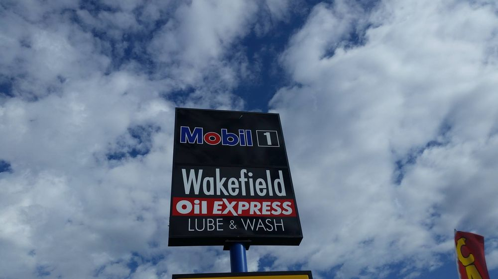 Wakefield Oil Express Lube & Wash: 3204 N Main St, Roswell, NM
