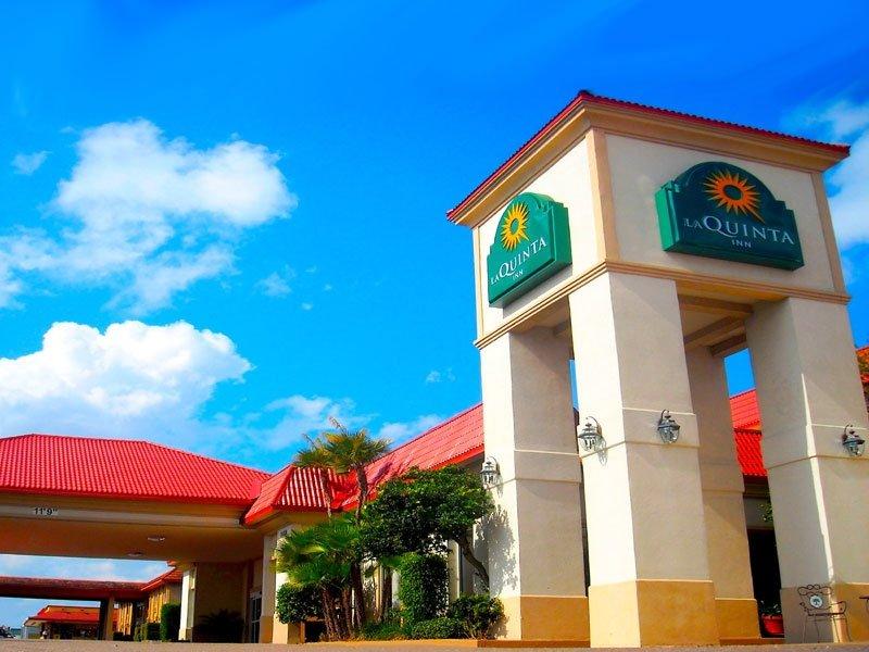 La Quinta Inn by Wyndham Clearwater Central: 21338 US Hwy 19 North, Clearwater, FL
