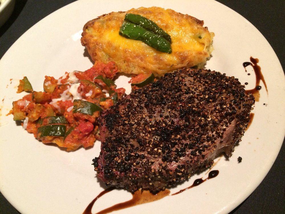 The Grey Moss Inn Restaurant: 19010 Scenic Loop Rd, Helotes, TX