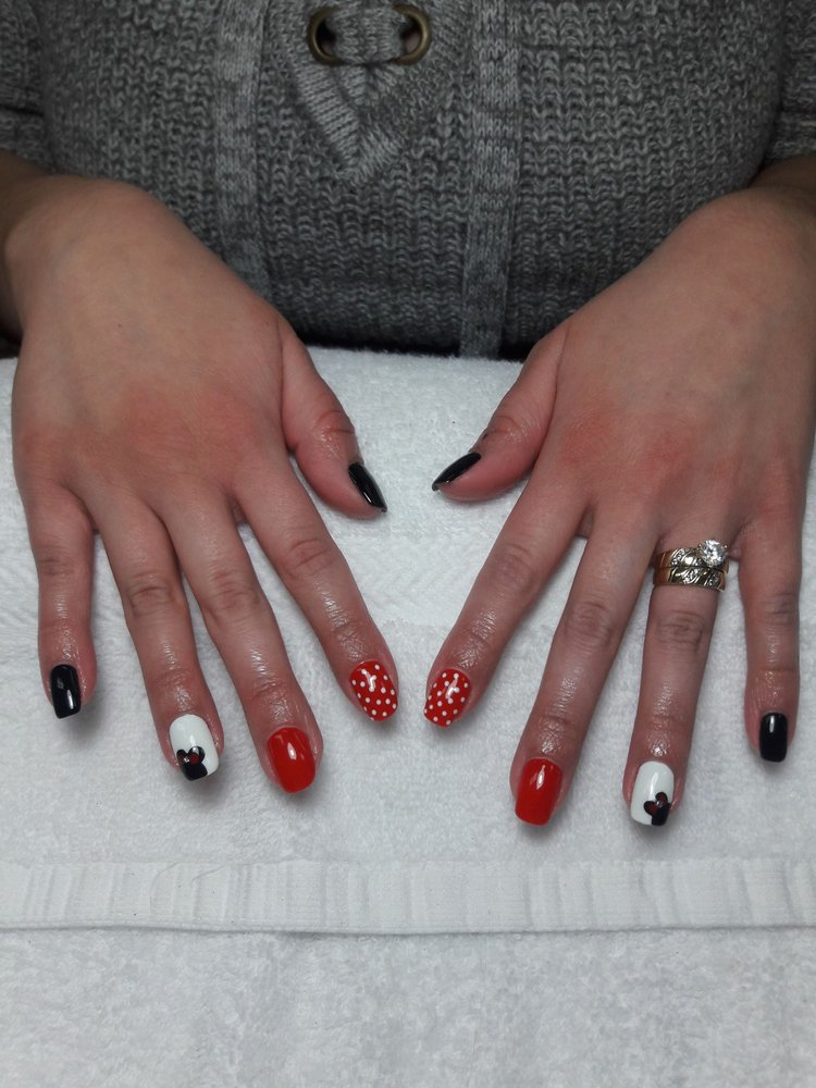Megan nails design by tina January /11/2018 black,white &gelish 015 ...