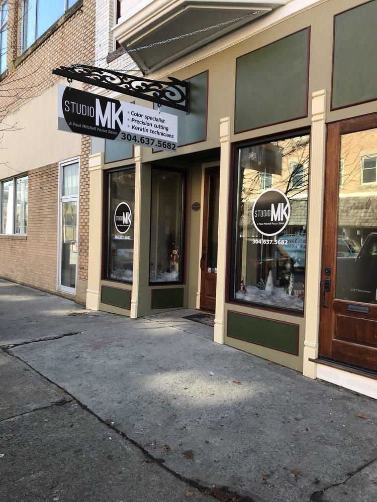 Studio MK: 122 3rd St, Elkins, WV