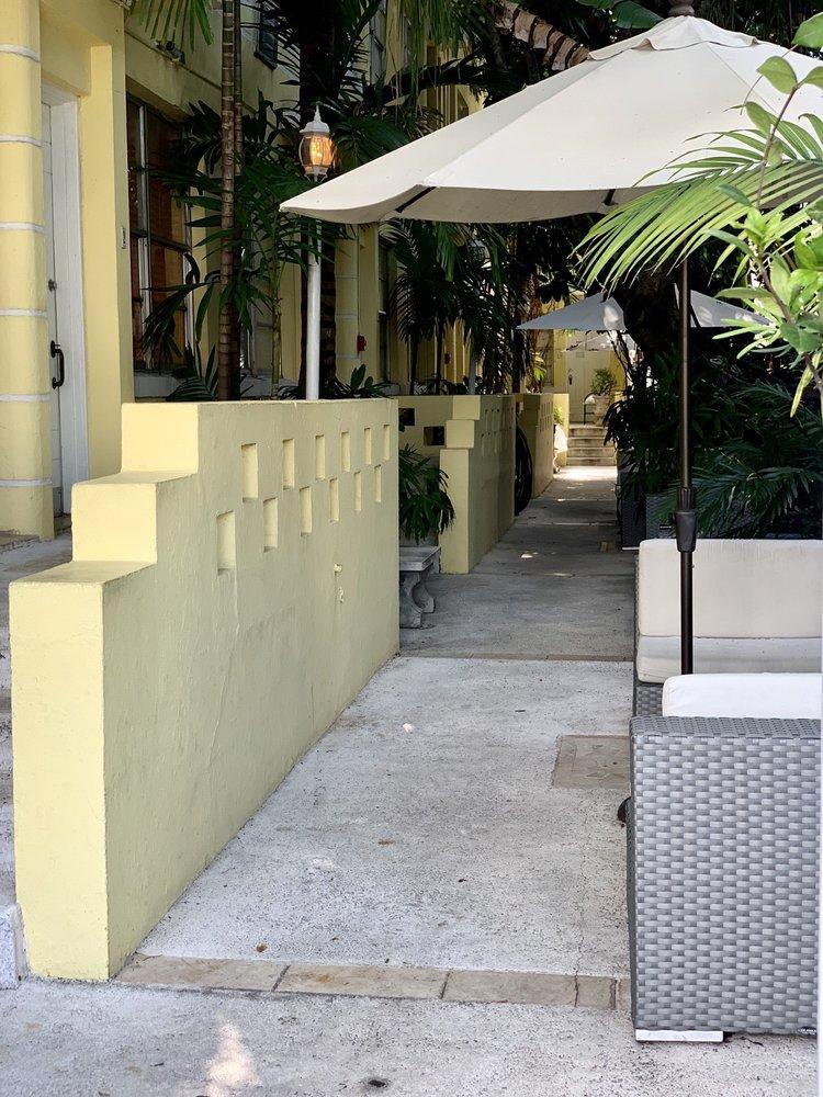Villa Paradiso Apartment Guesthouse