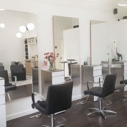 Awesome Contura Fine 21 Photos Hair Salons 35 11 34Th Ave Beutiful Home Inspiration Xortanetmahrainfo